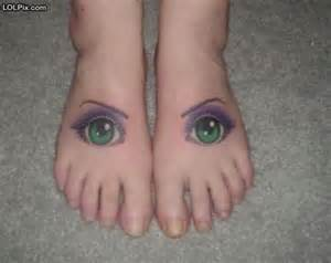 eyes in feet